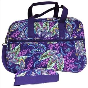 Handbags - NWT! VERA BRADLEY MEDIUM TRAVELER BAG BATIK LEAVES